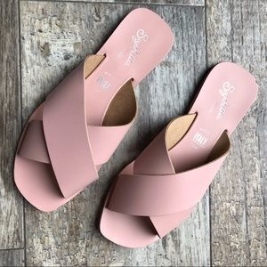"""Seychelles """"Total Relaxation"""" Sandals"""